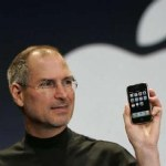 28289b_steve_jobs_iphone_150
